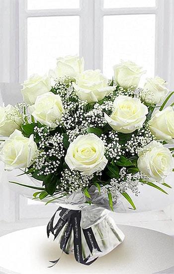 Dozen White Roses Meaning